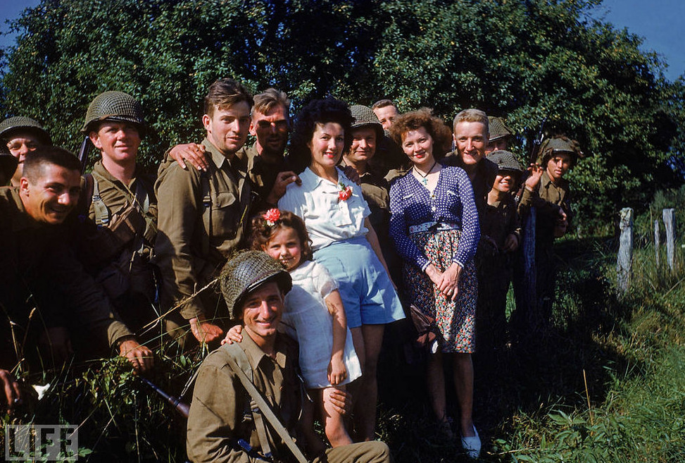 fadedandblurred:  In rare, color photos taken before and after the invasion, LIFE photographer Frank Scherschel captured countless, other lesser-known scenes from the days before D-Day to the onslaught and the weeks following.  [via LIFE Magazine]
