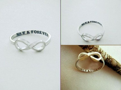 infinity ring. i really want this. (found here.)