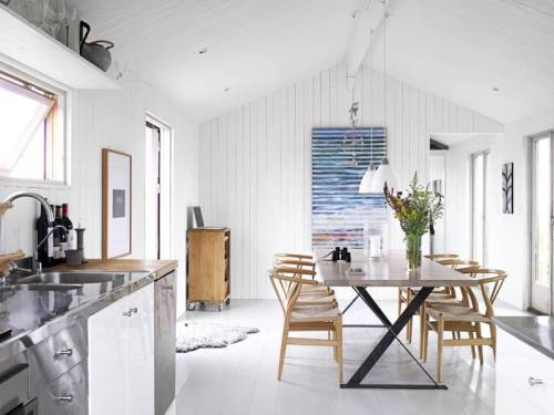 fromscandinaviawithlove:  A home in Sweden. Photo by Martin Cederblad for Sköna Hem.