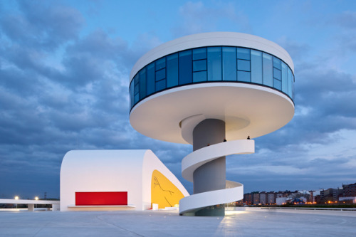 Centro Niemeyer is a new cultural centre for the port city of Avilés in northern Spain, designed by the 103-year-old Brazilian architect Oscar Niemeyer (via Centro Niemeyer | ICON MAGAZINE ONLINE)