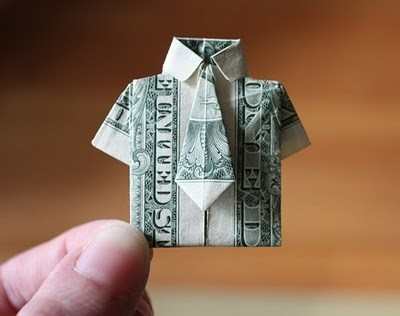 mycutecrush:  cute origami shirt (instructions on youtube). Would you make one?  Easy (cheap) Father's Day present, anyone?