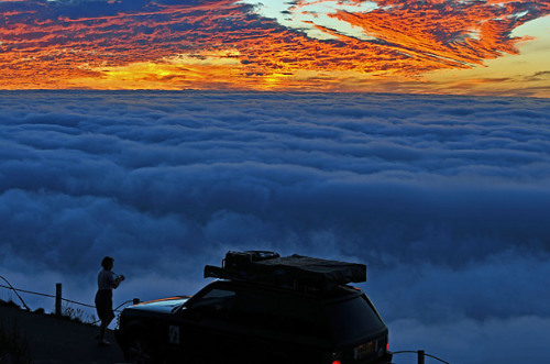 Sunset, Signal Hill, Cape Town, South Africa  photo via time