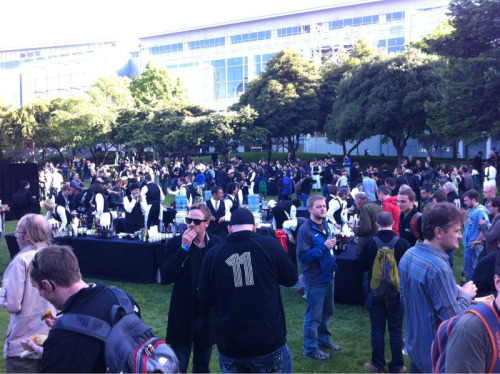 WWDC 2011 - Bash right now! Party!!