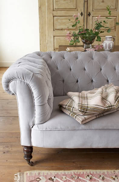I pretty much love tufted anything.