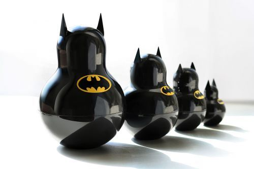 comixbookgurl:  batmania:  Batman Babushka dolls. Via  want!