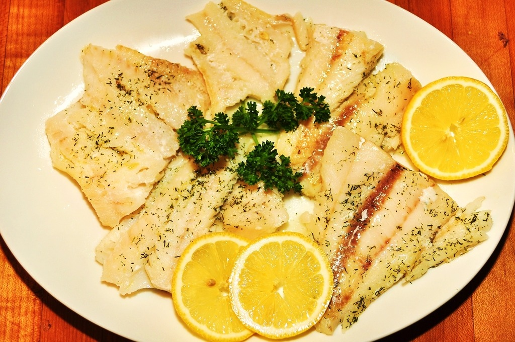 Mmm…baked fish with lemon and dill