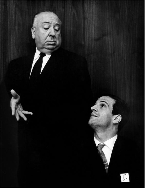 awesomepeoplehangingouttogether:  Alfred Hitchcock & François Truffaut