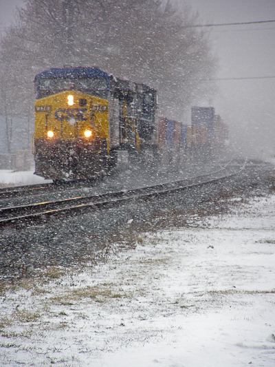 CSX outbound on Flickr.A freight train pulls out of Berea, Ohio 2007
