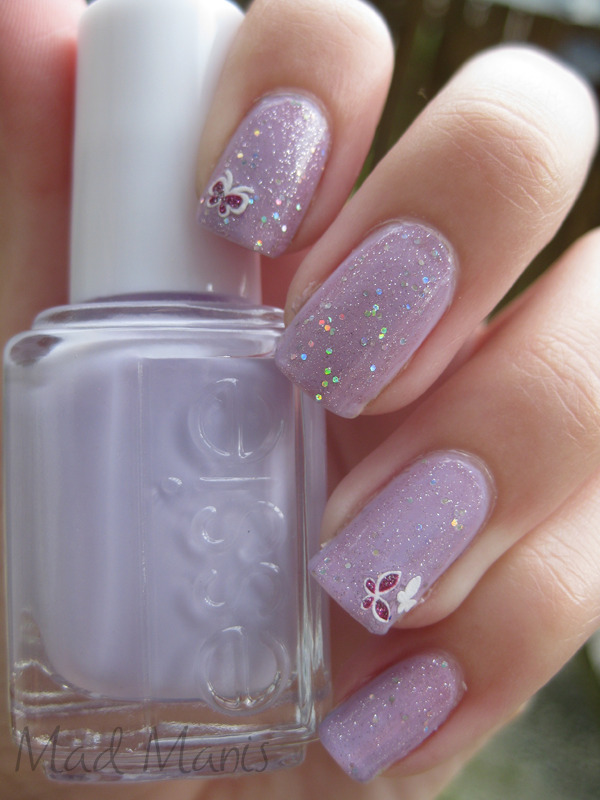 fuckyeahprettynails:  madmanis:  Essie - Nice is NiceOPI - Teenage Dream  this is why teenage dream is one of my favs! it goes with everything! gorgeous combo.