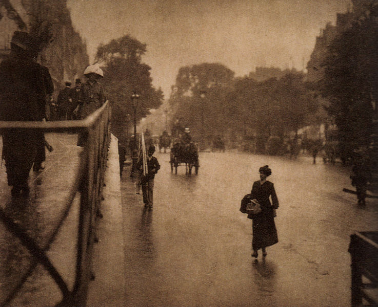 arthistory-blog:  A Snapshot: Paris, photographed by Alfred Stieglitz in 1911