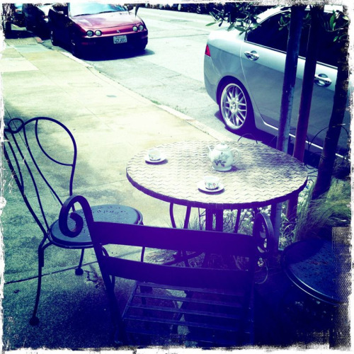 Sidewalk tea time