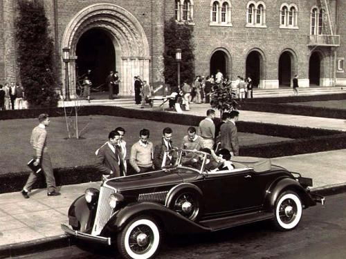 hollyhocksandtulips:  University of Southern California, 1938   stylin' even then <3