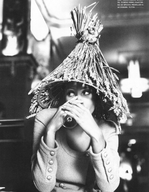 from Vive ParisChristy Turlington by Steven Meiselfor Vogue Italia, 1992