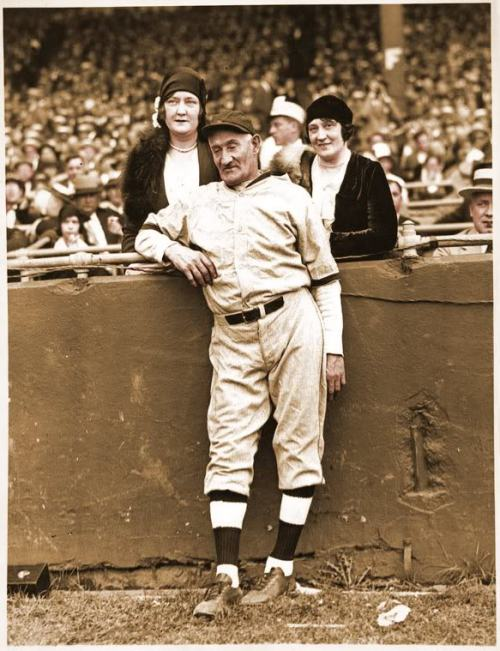 pitchersandpoets:  first in a series of photos of old Honus Wagner making love to the camera this is Honus putting the groupie game on smash, pace chaunceybillups.blogspot.com.