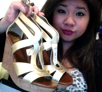 Copped these awesome Dolce Vita for Target Cork Wedge Sandals in Gold last night for $7.48! They're originally $29.99, so that's a great deal. I got them in 8.5 (these run a half size too big, but I got them anyways since they were the only pair closest to my size). Girrrrrl, I'd be a fool to pass them up for $7.48.!