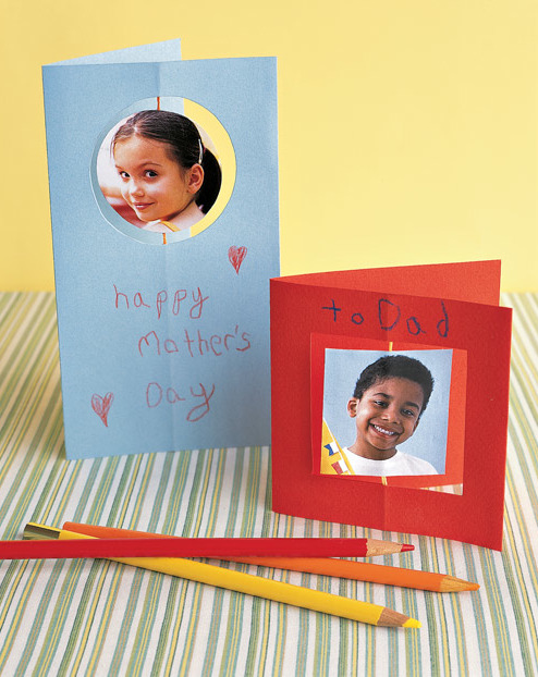 This is a great card for the kids to make! Take two photos (or two copies of the same one) and glue them together with a piece of string in between. Bonus points for a heartfelt message written in kid speak :)