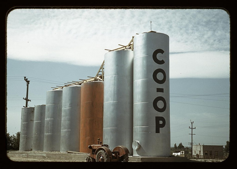 Grain elevators, Caldwell, Idaho. 1941 July Source: US Library of Congress