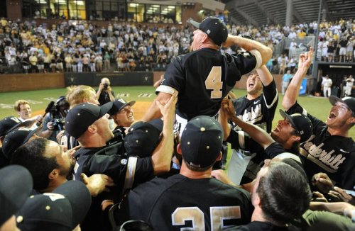 buffmckagan:  VANDERBILT FINALLY GOES TO FIRST CWS  CORBS. I love this team with all my heart. Omaha here we come!