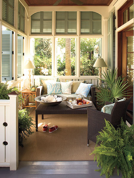 belleatelier:  Shuttered porch