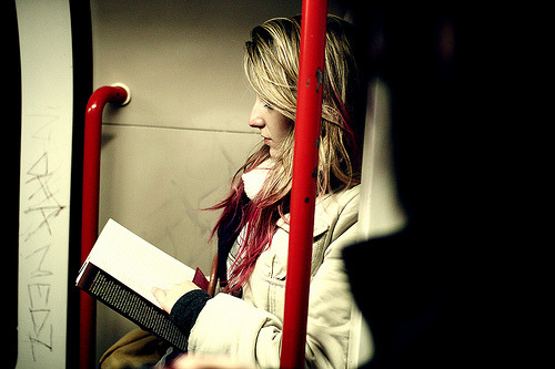 readinginmotion:  People of London (by Elliott Steel)