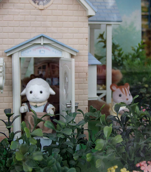 Sylvanian Display by Them Elks on Flickr.