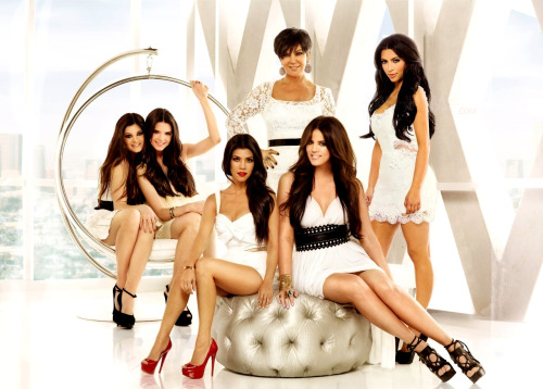 Season 6 of Keeping Up With the Kardashians premiers tonight at 10/9c on E!  Don't forget to tune it to see all the craziness and drama this season has in store!