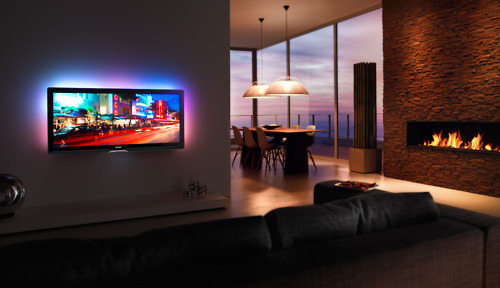 linxspiration:  That is one sick telly. Ambient lighting and everything. Phillips?