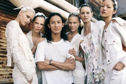Why does Alexander Wang have so much SWAGGER, I can't handle it. Congrats on Winning the Accessory Designer of the Year at the CFDA Fashion Awards 2011. For like, the 3rd time. /via Vogue http://www.vogue.com/vogue-daily/article/just-in-the-winners-of-the-2011-cfda-fashion-awards/