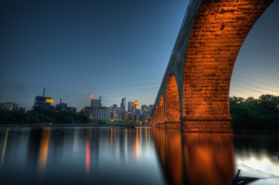 awwyeahunitedstates:  Stone Arch Bridge in Minneapolis, MN