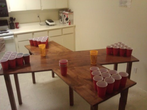even without the beer pong this would still be a pretty awesome table