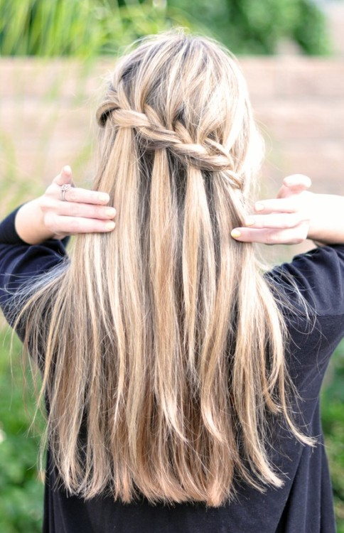 couturecourier:  Summer braids are a perfect look for almost any outfit.