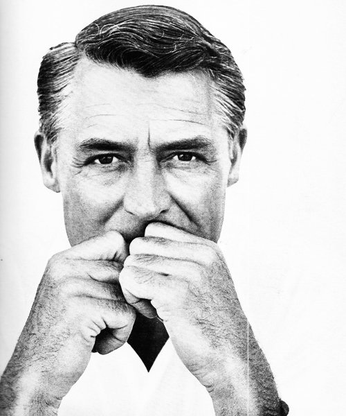 hepburnobsessed:  Six Ten Favorite Cary Grant Pictures suggested by: sylvia-scarlett