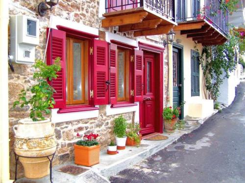 bettybroccoli:  (via Nafplio, pelloponisos, greece uploaded by DANIS)