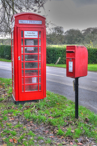 Boxes, Kimpton, Hampshire. (by Mike Cattell)