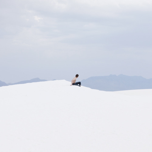 "michaeloneal:  Neil Berrett resting between ""sand jumping' White Sands, NM Shot at Phootcamp Follow us at http://phootcamp.tumblr.com/"