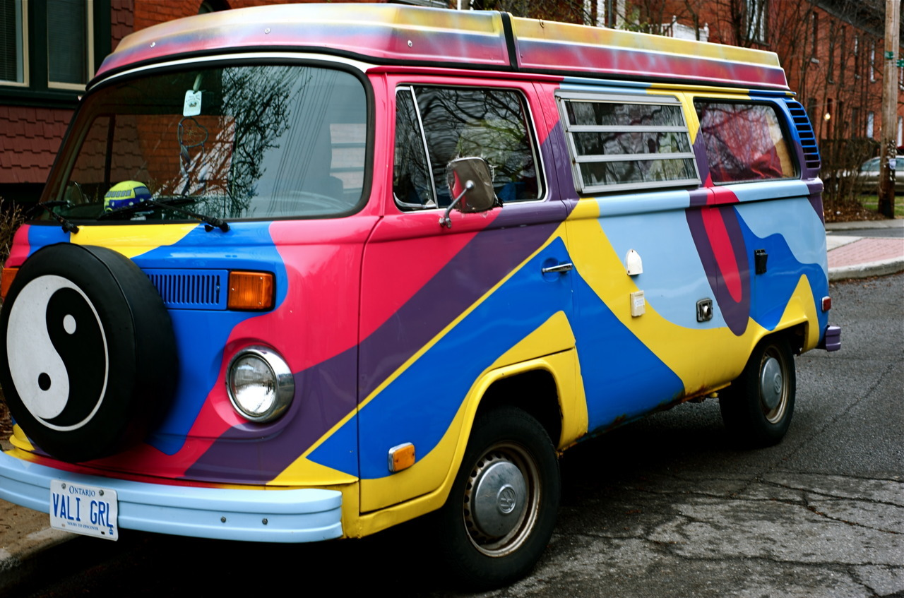 Retro Shag-Wagon for the true hippie!  3B Photography