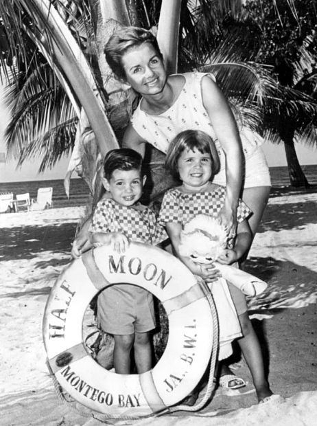 blissfulreverie:   Debbie Reynolds with her kids in Jamaica — 1961