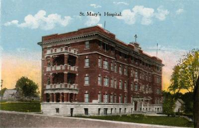 1915 postcard depicting the newly finished St. Mary's Hospital in Madison, WI. Construction was completed in 1911, hospital opened in 1912.  As someone who's spent lots of time over in that area, that is a TINY hospital! I'm pretty sure that the parking garage is at least 3 times larger than the original hospital…