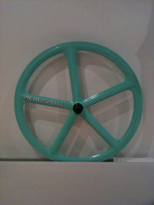 This aerospoke used to be my pride and joy until i went to iceland for work. Gardener left the side gate open, I had only locked my frame as i didn't think locking was imperative when it was behind two separate locked gates topped with barbed wire and old skool nine inch nails. But apparently it was. Some bastards jacked the beautiful wheel.  Some weeks later I very briefly chained the bike and new front wheel to the lamp post outside my house whilst i did a few things inside. My road is quite a quiet one but by no means rough. Though would you believe it, between 10:30 and 12 in the morning, my rear wheel was stolen! What!?  Should I take it as a compliment for having a great taste in bike parts? I reckon its some kid with an eye on my possessions. Police don't give a shit, no surprise there. I hope the culprit finds his mum sleeping with his brother. Or that he catches fire. Something along those lines. Anyway, I've decided the old bike is doomed, so I'm on the hunt for a new one.