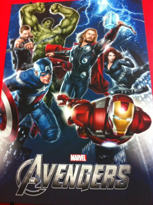 First promo image of the Avengers reveals first glimpse of Hawkeye and Caps new suit!