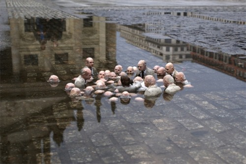 such an excellent image by isaac cordal. it's so sinister and vague. imawoman:  Isaac Cordal