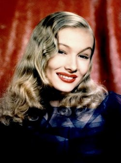 latinamericana:  Veronica Lake