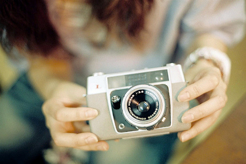 film-grain:  konica L (by *dapple dapple)