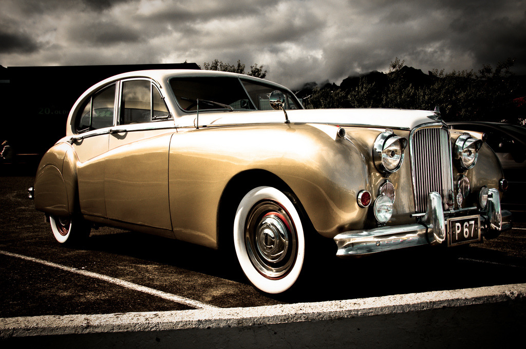 Gold Investment Jaguar Mark VII M Photo taken in Iceland by Zanthia