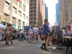 NYC street fairs are definitely one of my favorite things about summer.