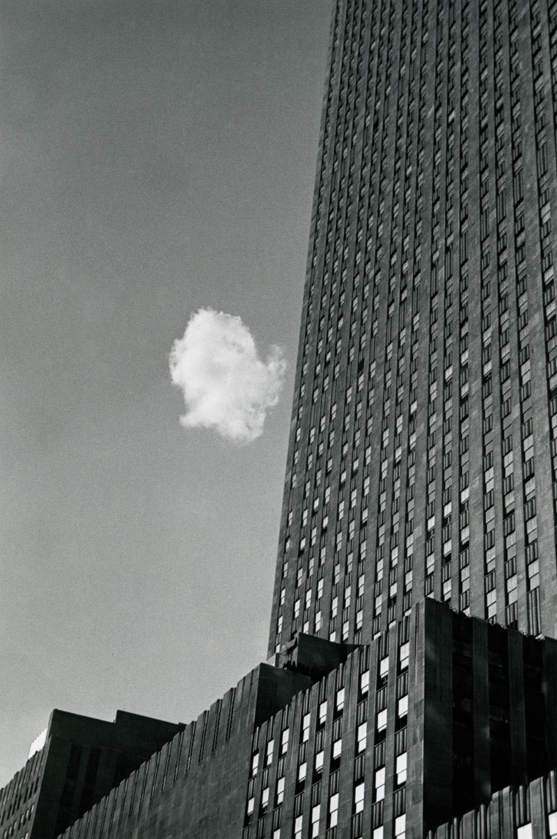 "André Kertész ""Lost Cloud, New York"" (1937)"