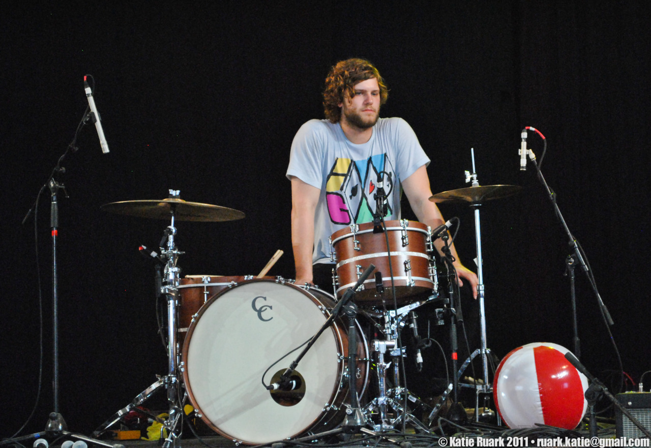 Plus, their drummer looks like a cross between Tom Conrad, Spencer Smith, and Thor. All good things.