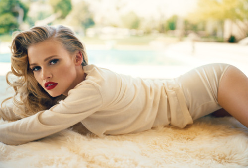 Lara Stone. Photographed for Vanity Fair by Norman Jean Roy. Styled by Jessica Diehl.