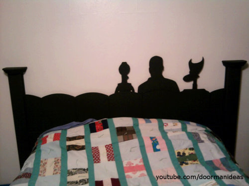 doormanideas:  Got the idea while watching a Mst3k on my projector. Fun times