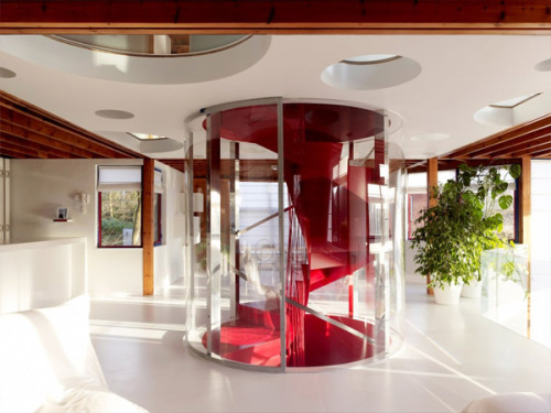Another view of the central staircase in House VVDB by Jan Van Den Berghe and dmvA Architecten. And you thought post-modern houses were impossible to update!